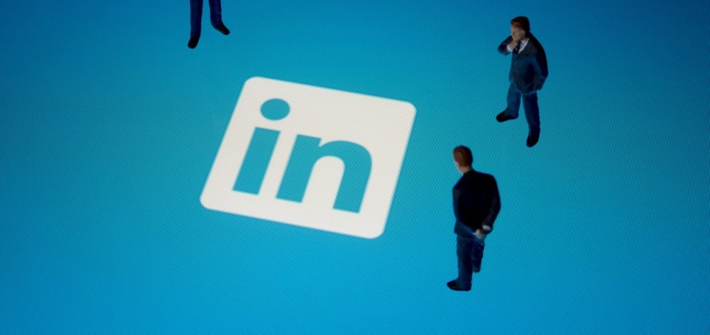Improve your business' LinkedIn page